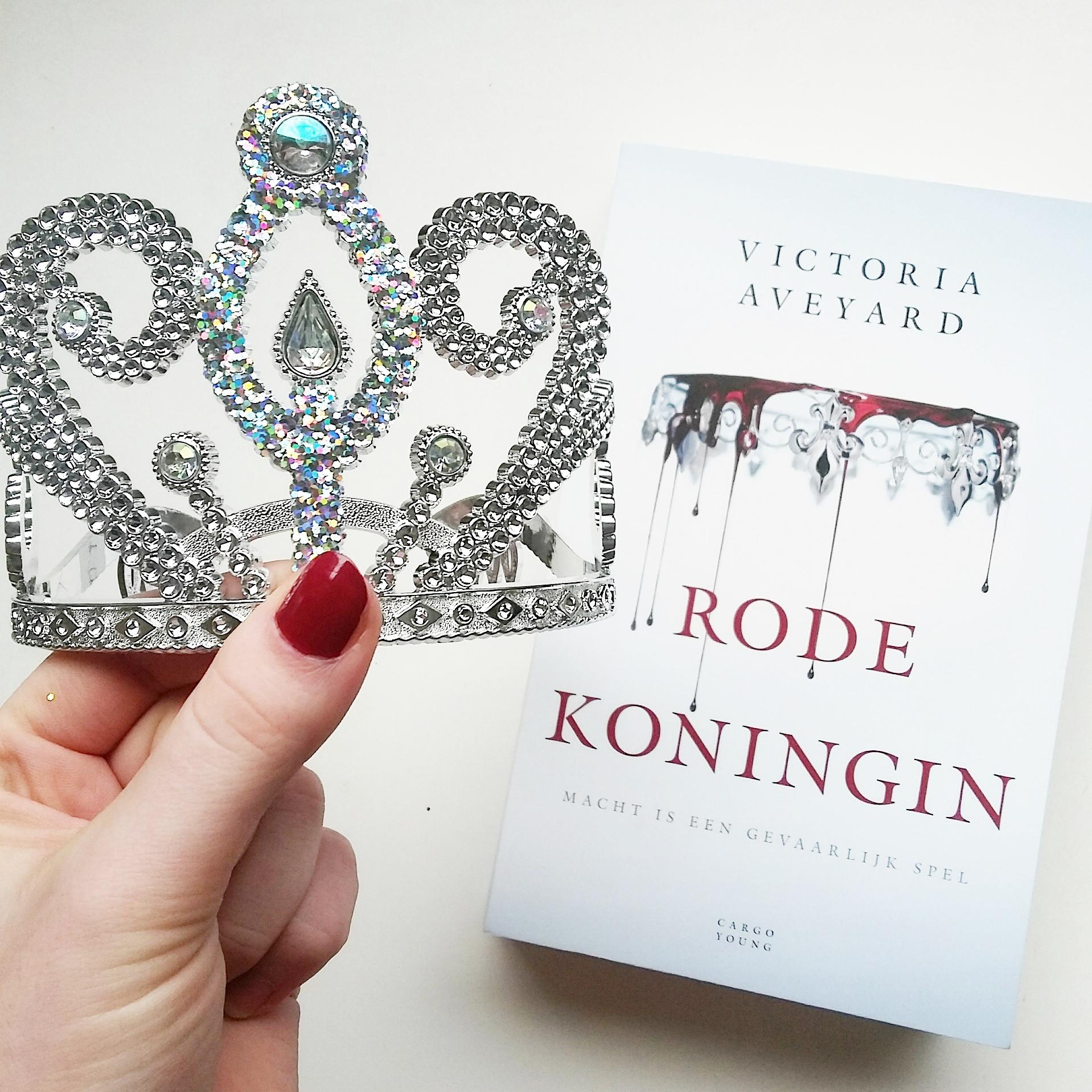 boekrecensie victoria aveyard rode koningin
