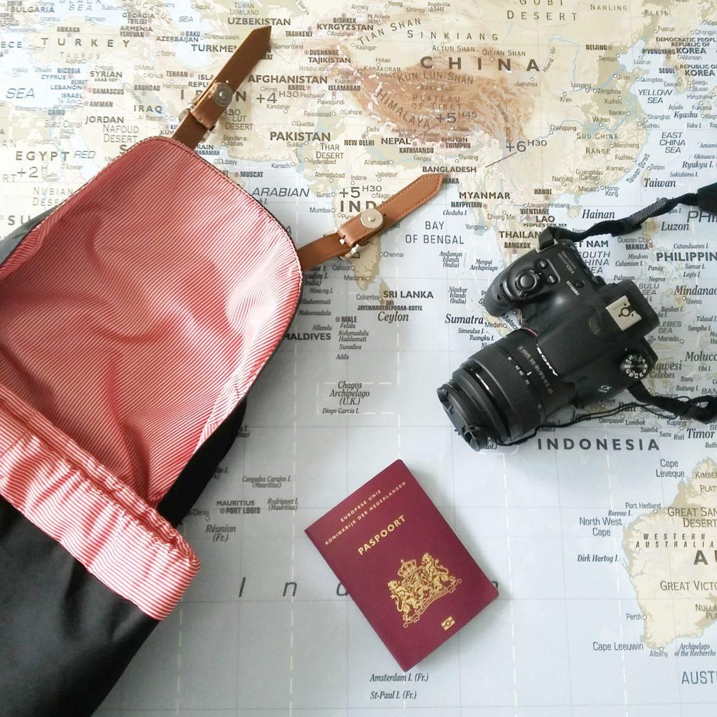 1f3d92ff5b4 Mijn spiegelreflexcamera. Wat neem je mee in je handbagage bij een verre  reis?