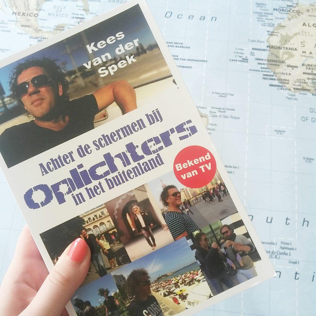 Boekrecensie: Kees van der Spek - Achter de schermen bij Oplichters in het buitenland