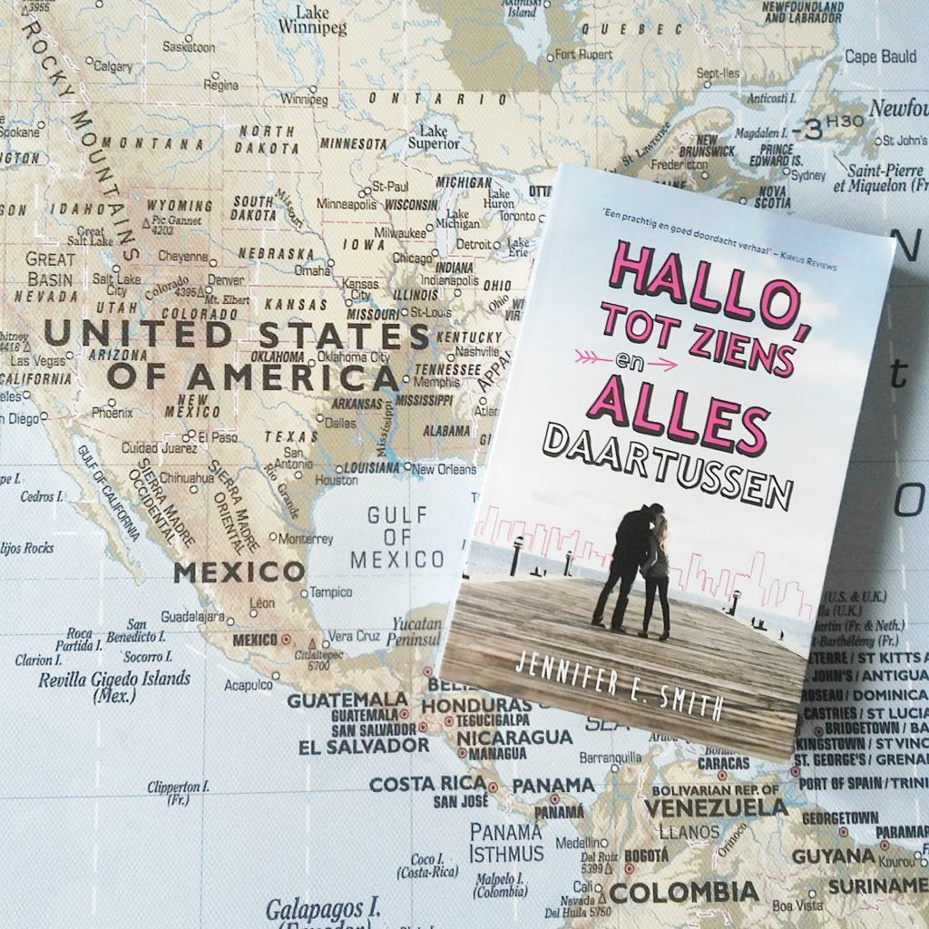 Boekrecensie: Jennifer E. Smith - Hallo, tot ziens en alles daartussen