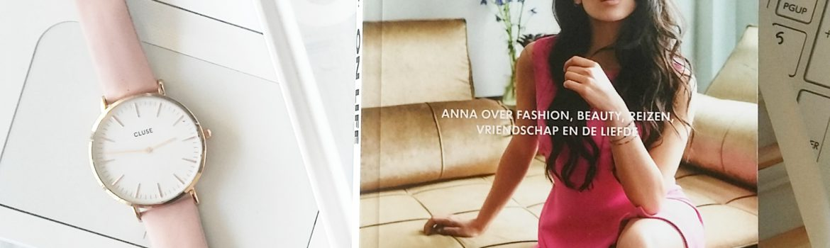 Boekrecensie: Anna Nooshin - On Life