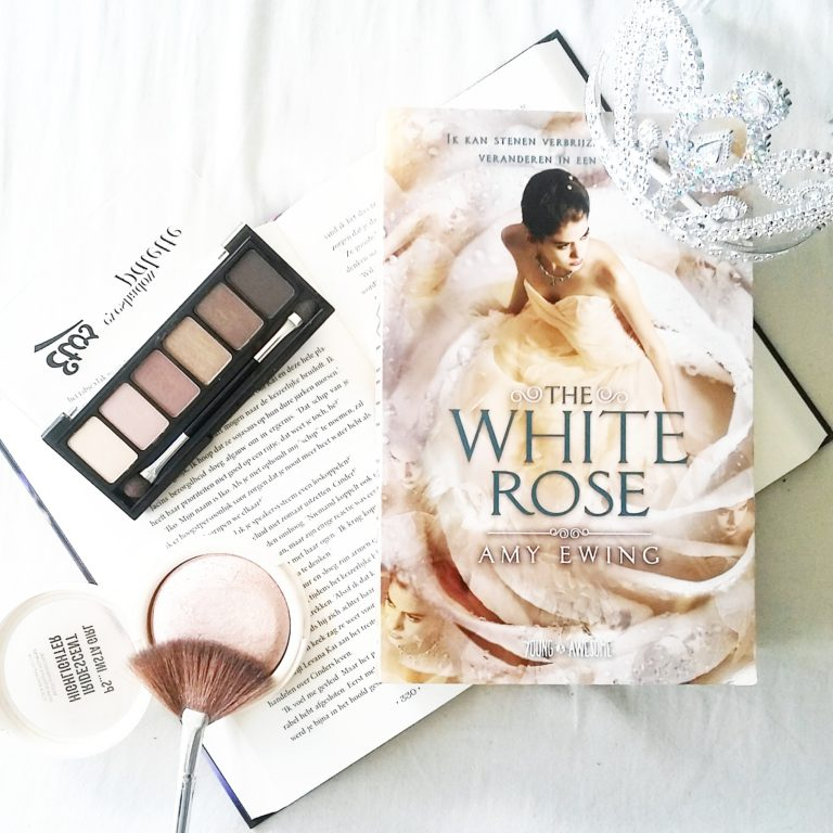 Boekrecensie: Amy Ewing - The White Rose (The Lone City, #2)