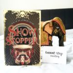 Boekrecensie: Hayley Barker – Showstopper